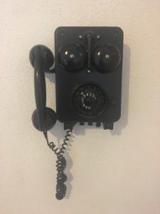 telefoon-in-de-gang